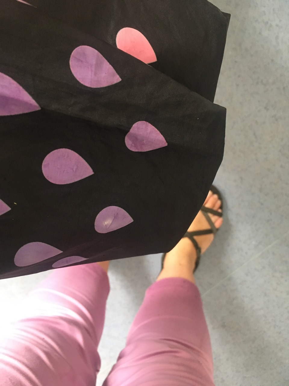 COORDINATING BROLLY AND OUTFIT (BY CHANCE)