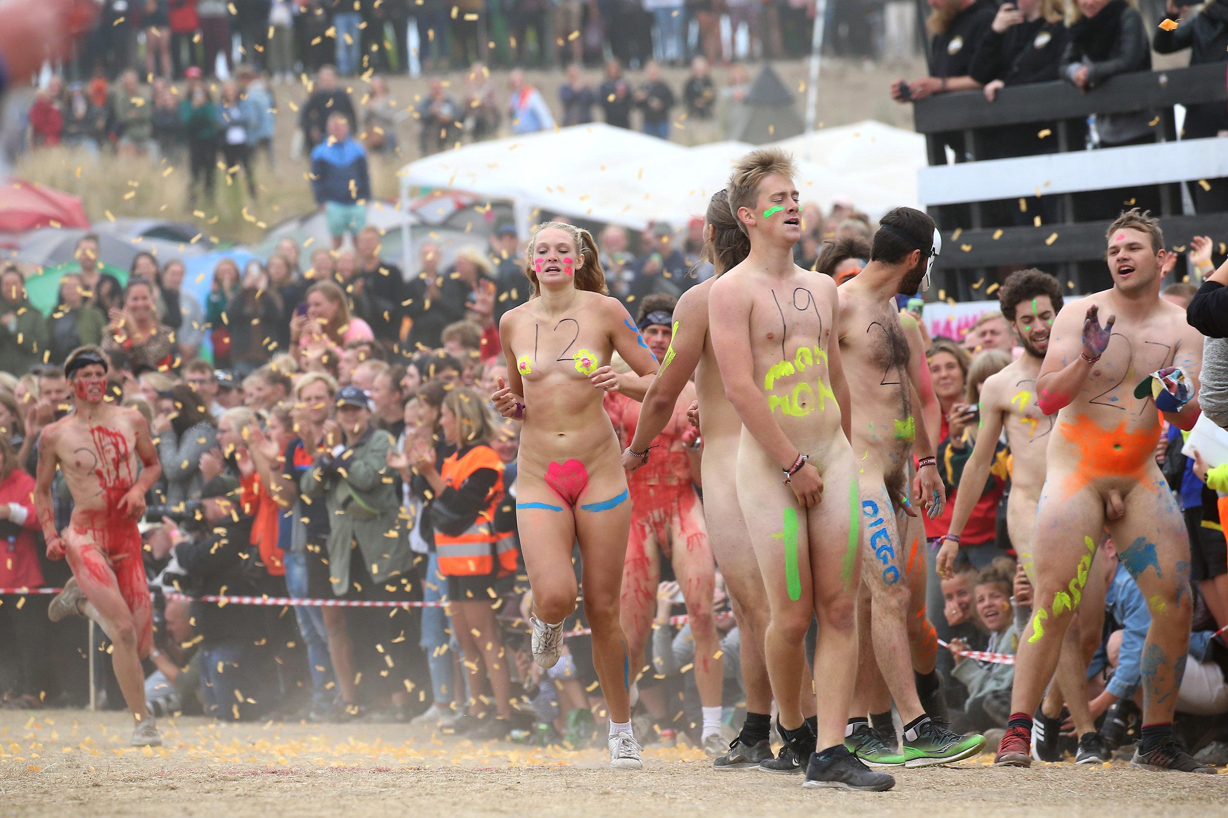 Roskilde festival nackt