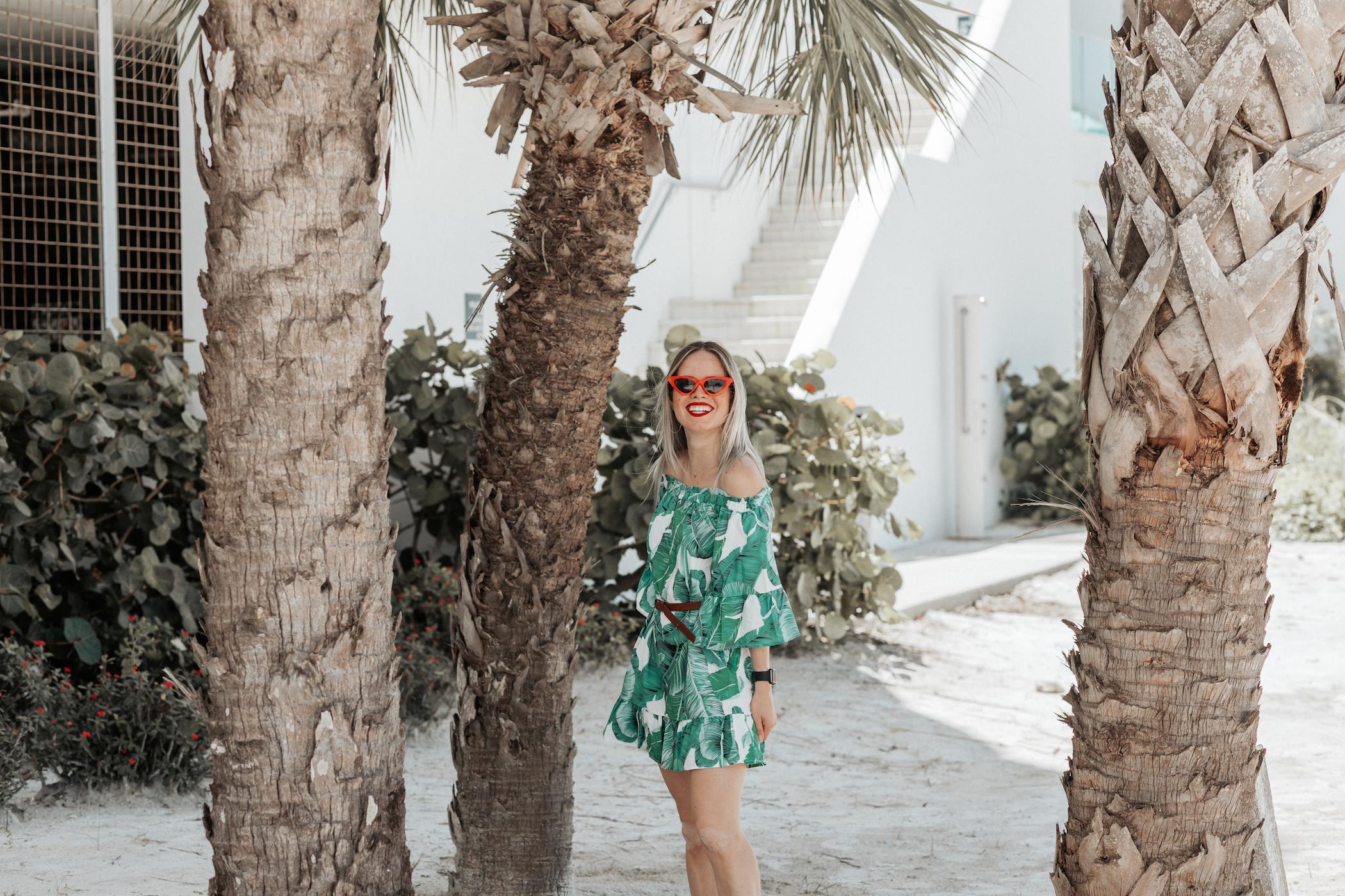 shadyveu-amazon-red-cateye-sunglasses-florida-tropical-ashlee-rose-photography-tiny-ashe-blog-V3.jpg