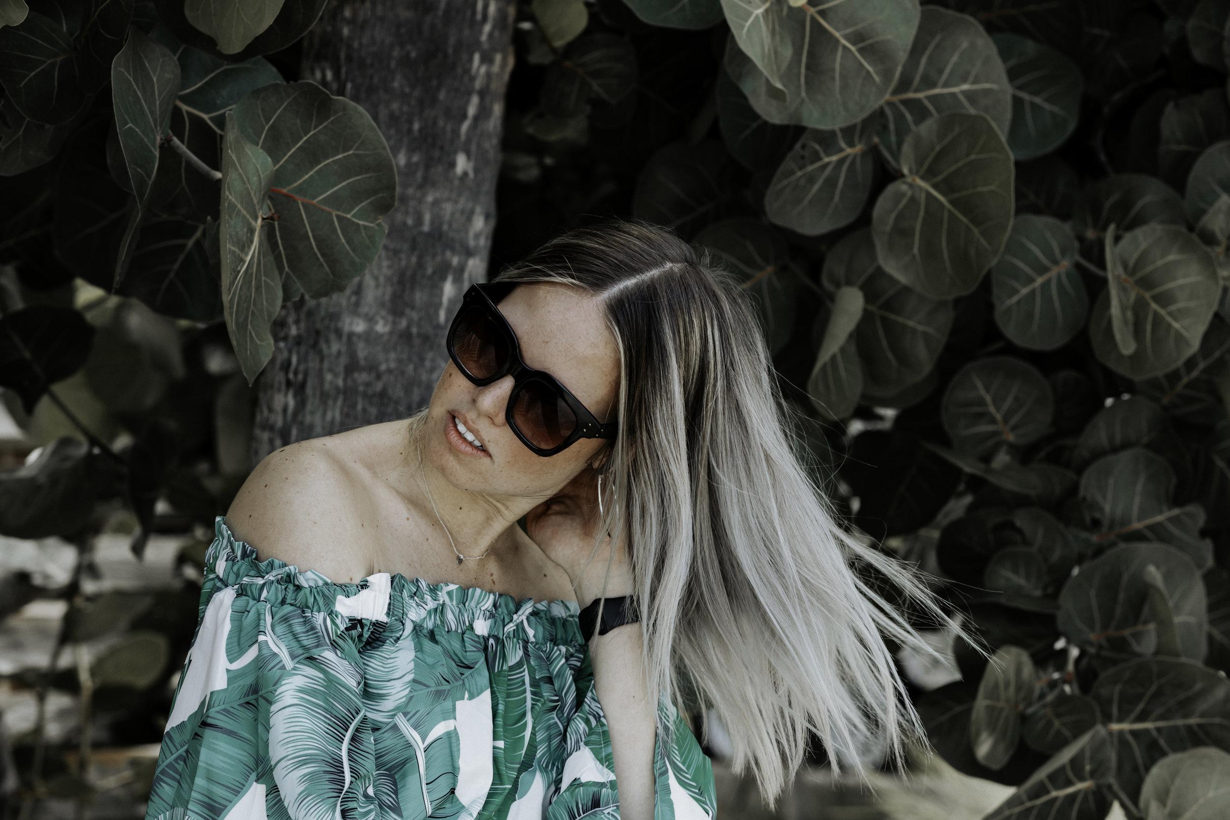 shadyveu-sunglasses-matte-black-ashlee-rose-photography-tiny-ashe-blog-sunglasses-florida-tampa-summer-banana-republic.jpg