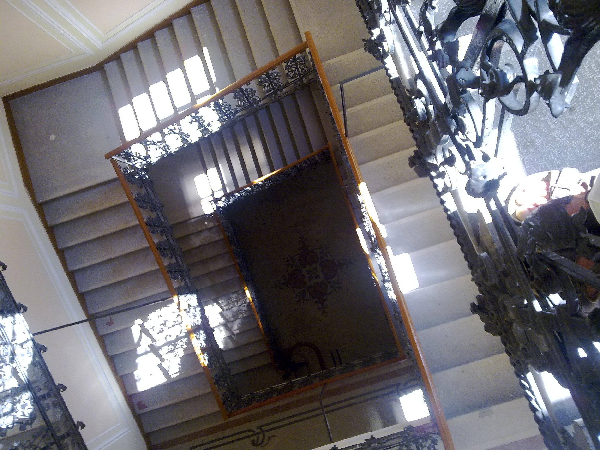 037stairway.jpg