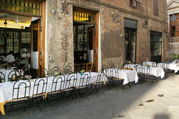 Osteria-le-logge-best-restaurant-siena-.jpg