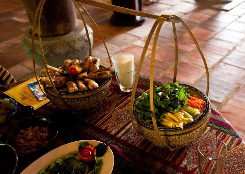Vietnamede-food-1024x731.jpg