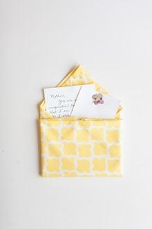 mother's day cloth napkin fold