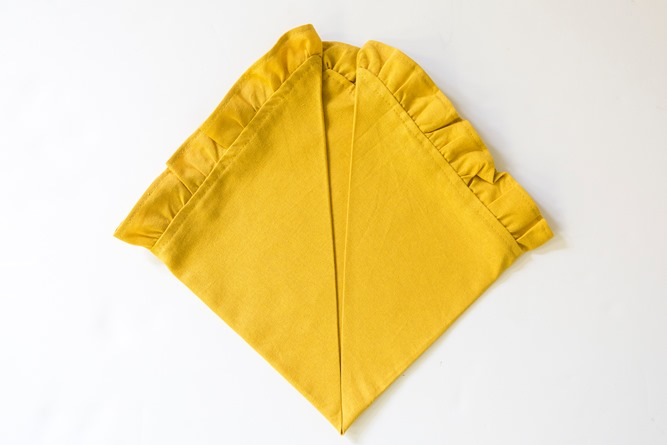 fun napkin fold for Thanksgiving