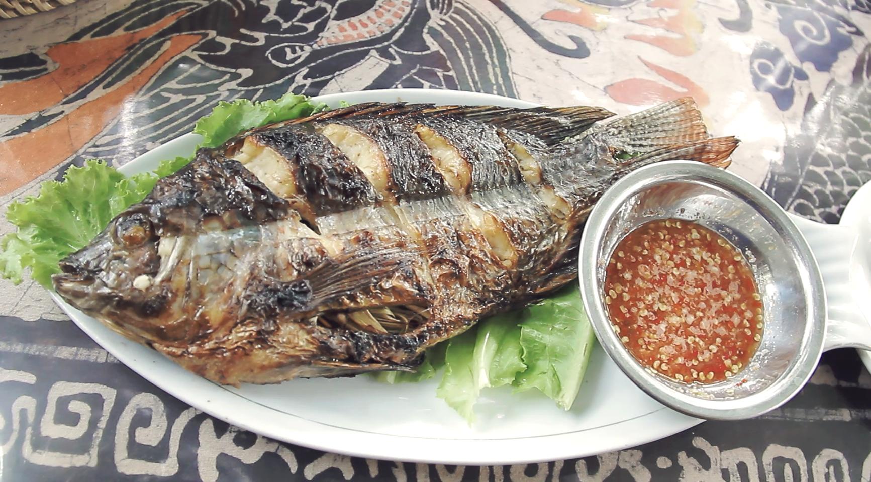 El pescado es la base de la alimentación Lao.