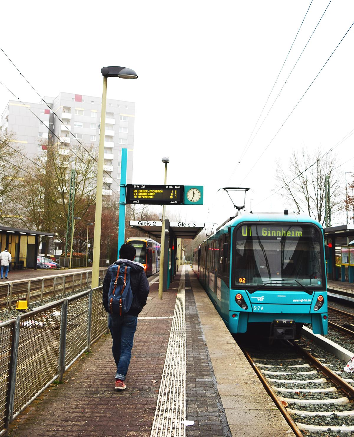 Rápidamente puedes llegar desde el Centro de Frankfurt al hospedaje por medio del tren.