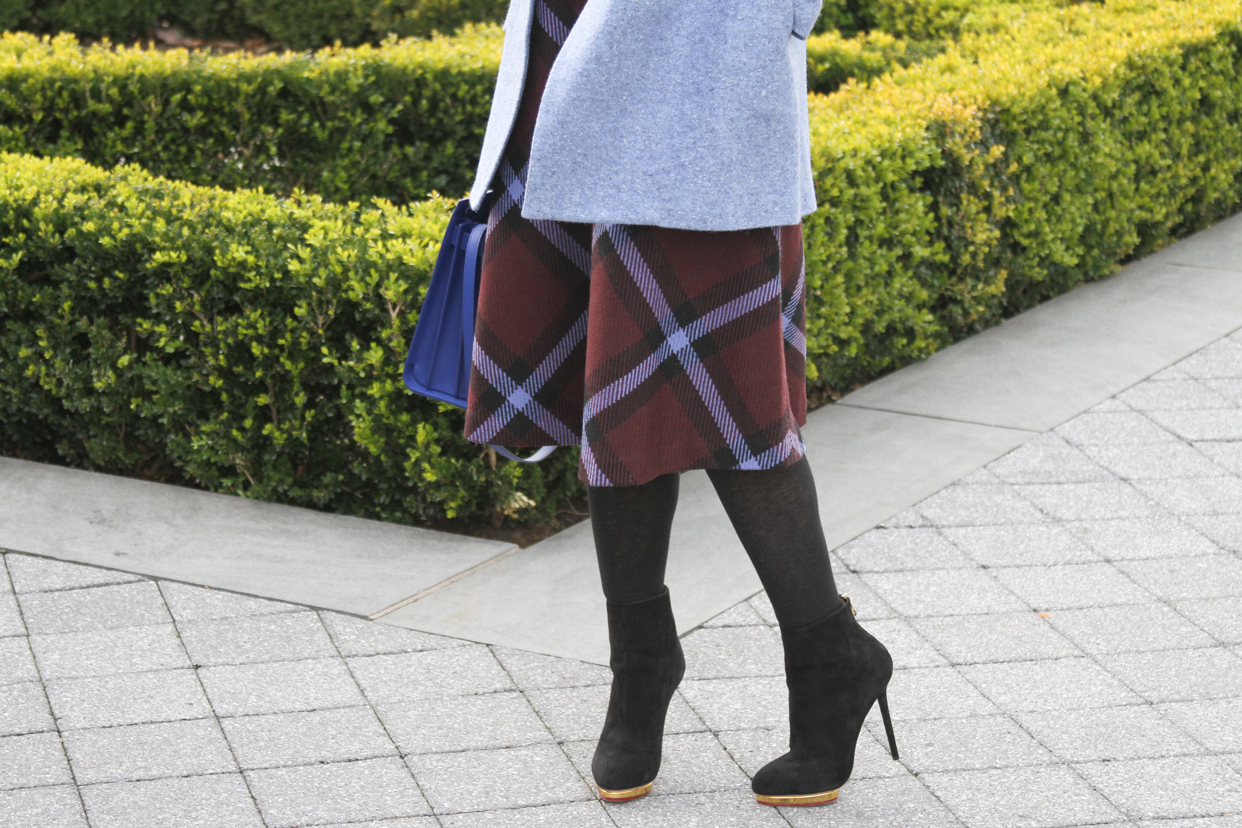 june lemon girl, junelemongirl, street fashion, new york street fashion, plaid skirt, midi skirt, plaid midi skirt, fashion blogger, new york fashion blogger, new york botanical garden, train show, checkers scarf, blue coat, blue sweater, wool coat, wide collar coat, black heels, Charlotte Olympia heels