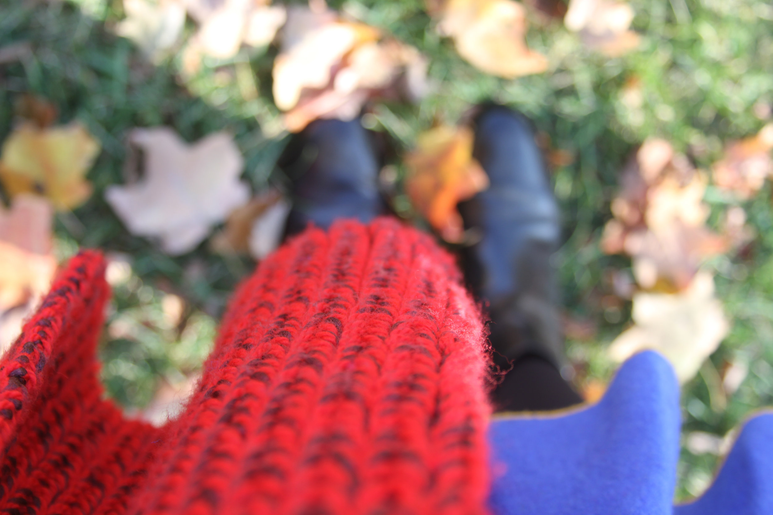 junelemongirl, june lemon girl, fashion blog, red scarf, blue dress, ankle boots