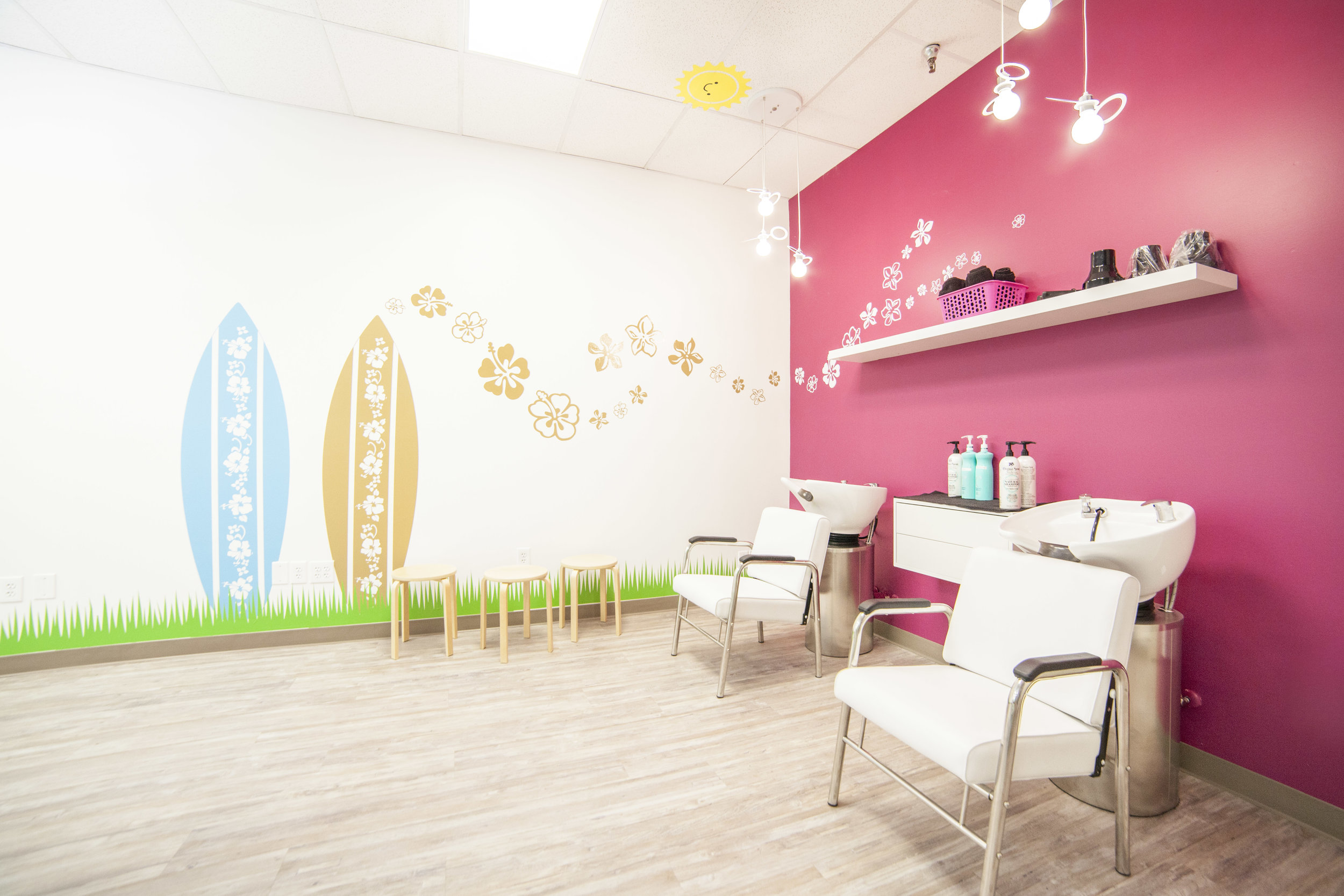 kid hair salon shampoo station
