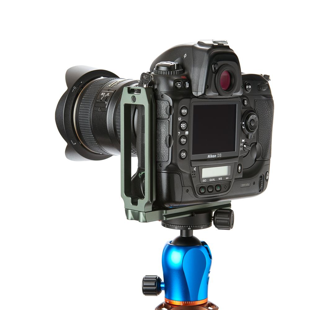 3LT Large L Bracket QR11FB grey w camera.jpg