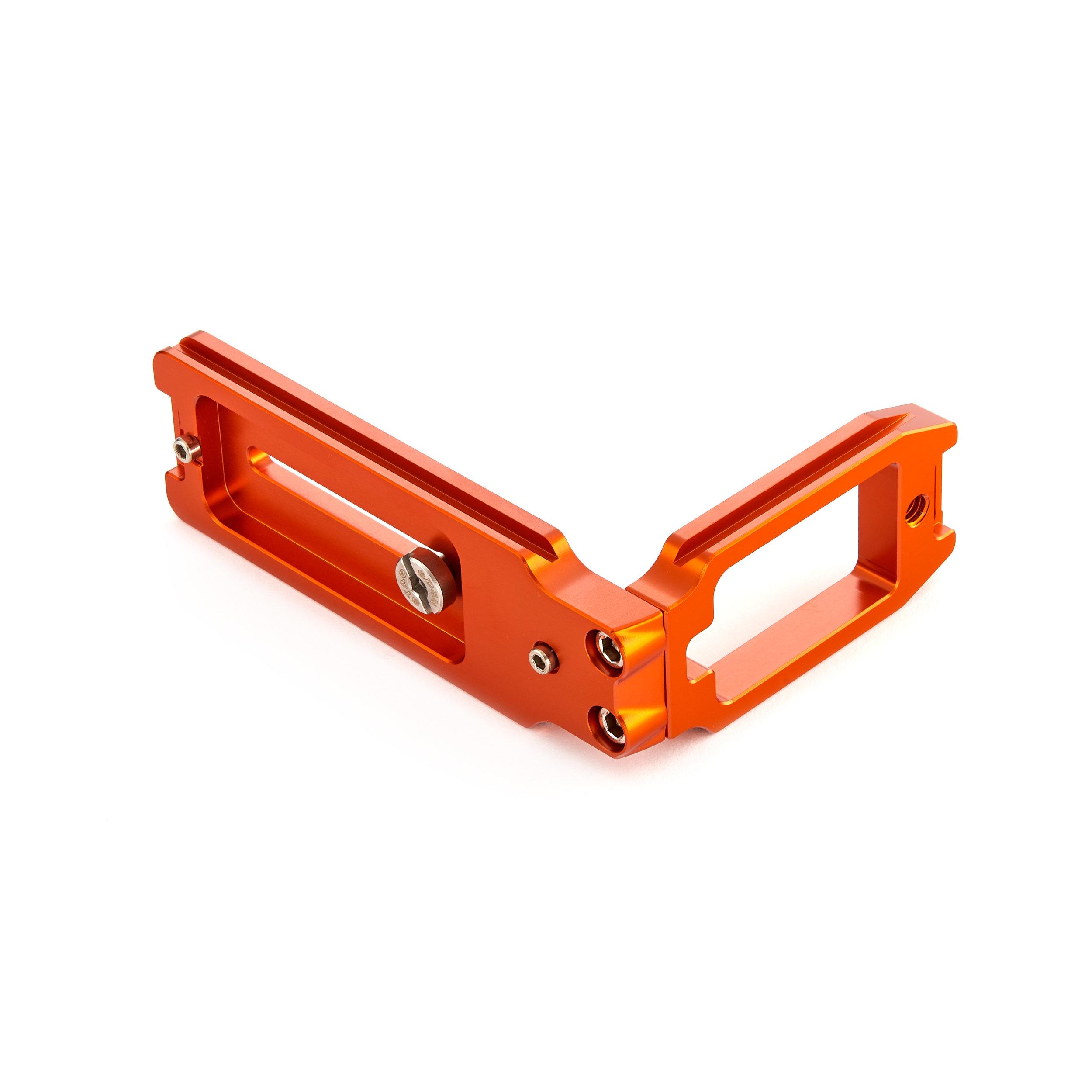 3LeggedBracket QR11 copper back.jpg