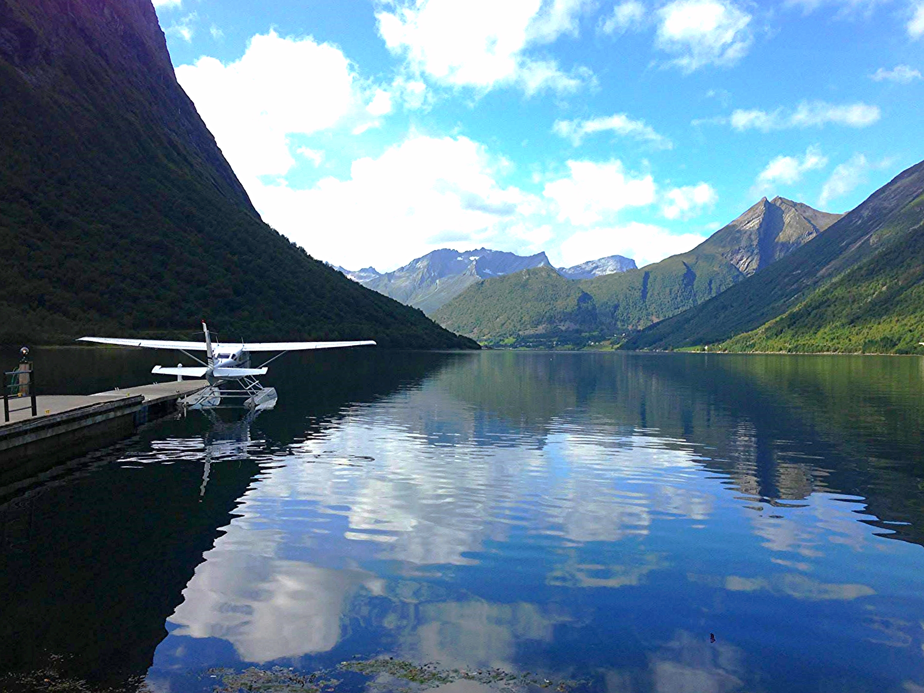 seaplane1.jpg
