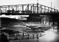 Center Pier Swing Bridge, South Branch, Chicago River  Courtesy of Friends of the Chicago River