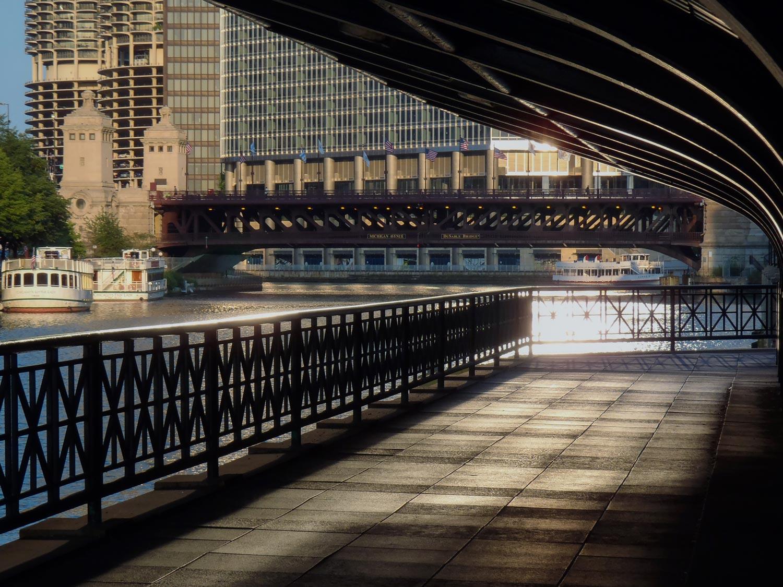 PHOTO  ©  2013 JAMES S. PHILLIPS, CHICAGOLOOPBRIDGES.COM
