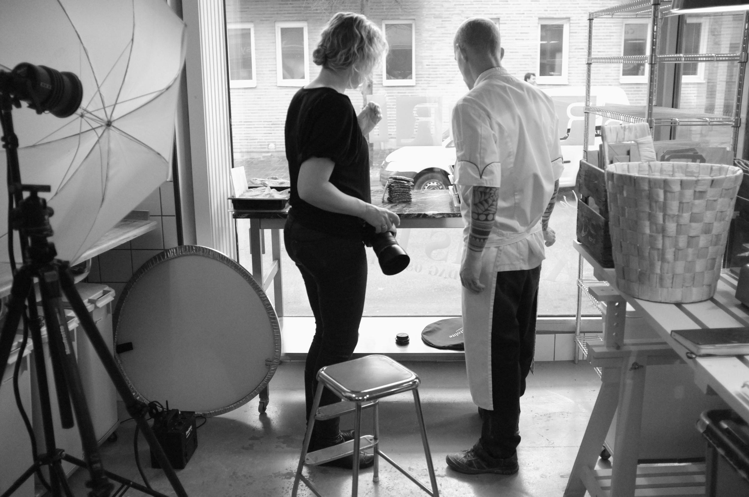Fotografering för boken Kockarnas Bröd med bagaren Fredrik Borgskog i Helsingborg.