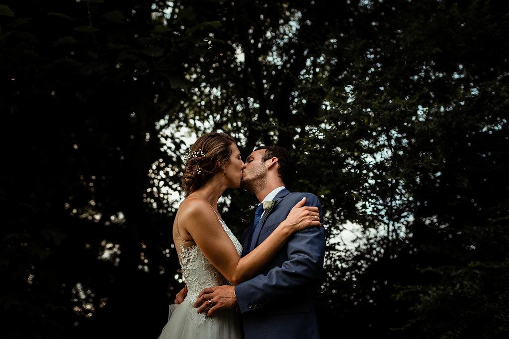lovelessbarnwedding
