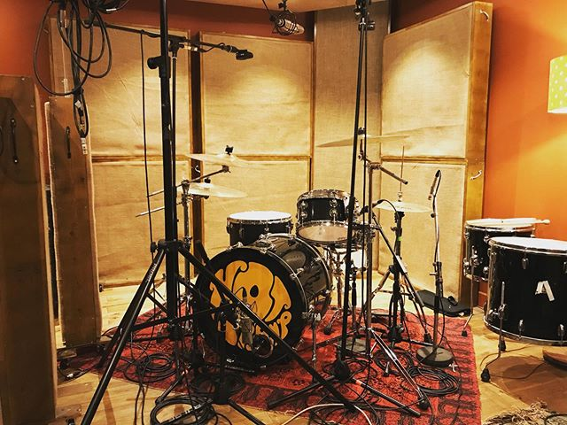 Had the a great time with @hottrampband this weekend recording their new EP! Keep your eyes peeled for their new release soon!  #punchstudios #coles #neumann #audix #sennheiser #gibson #akg #recordingstudio #recordingsession #ipswich #studio