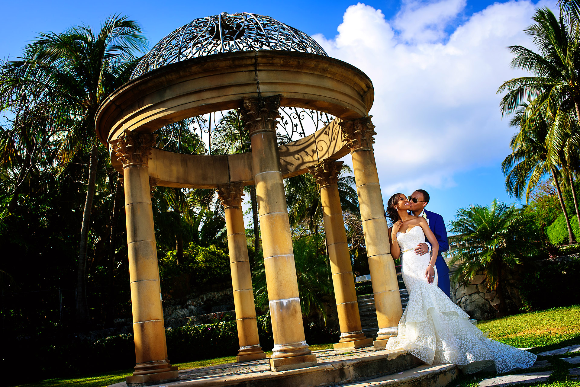 Bride_and_groom_portrait_bahamas.jpg