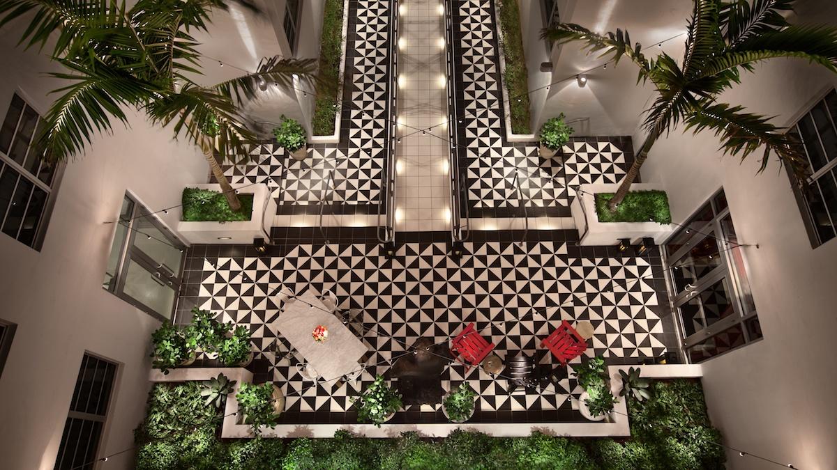 Top 5 Hotels Miami 1200x675px 2.jpg
