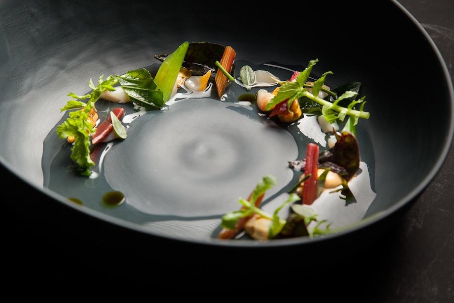 Restaurant David Toutain 600x900px (2).jpg