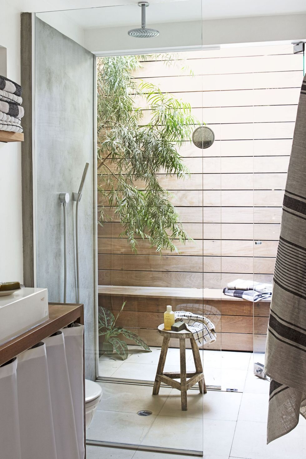 2. Side by Side - Create an indoor/outdoor shower that leads onto a private patio. It's perfect for a house in a region that's cool in the winter and hot during the summers and great for those who like to dry off au-natural.