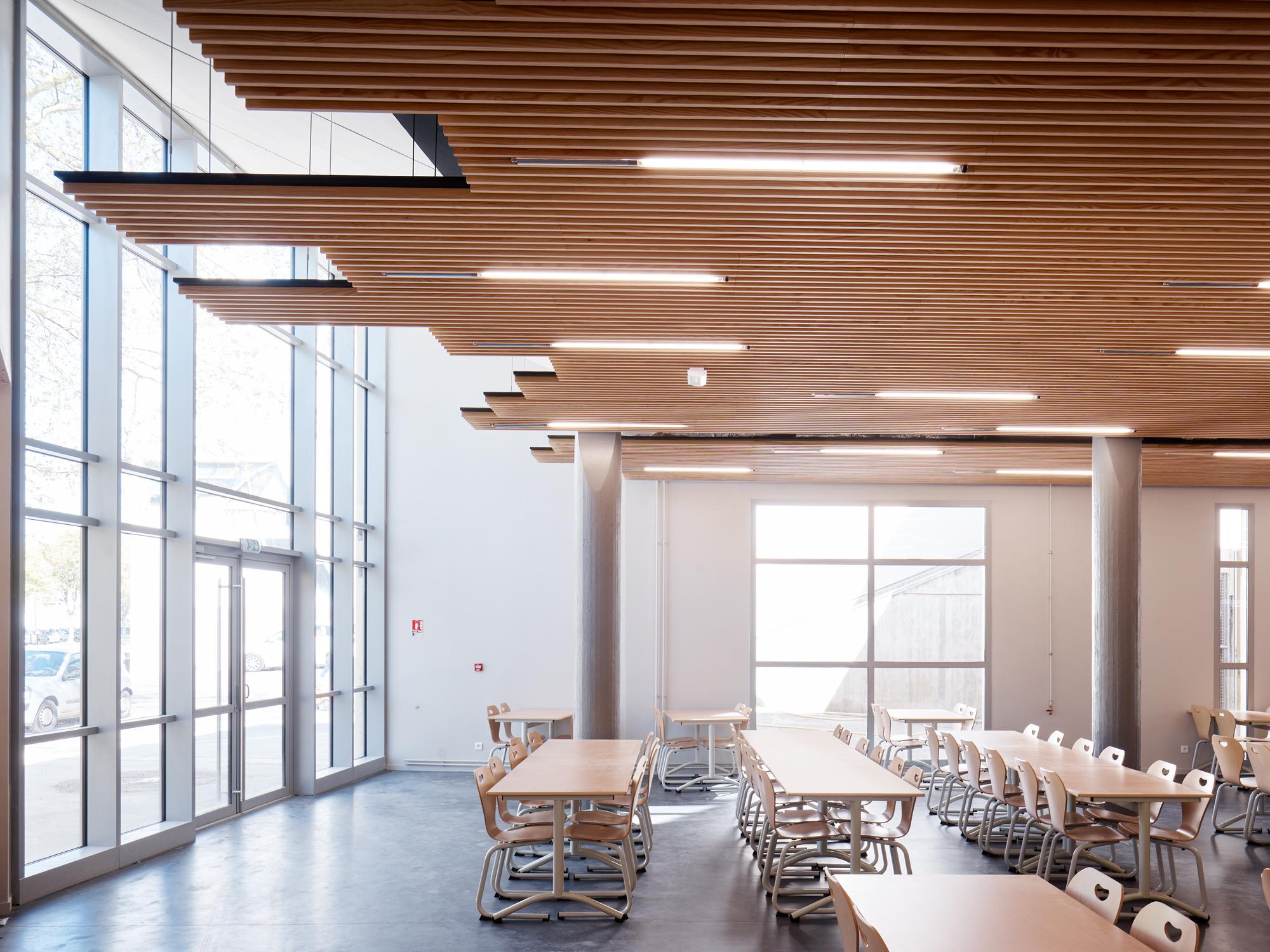 Cut architecture HFC_Breteuil Montigny019Copyright David Foessel.jpg