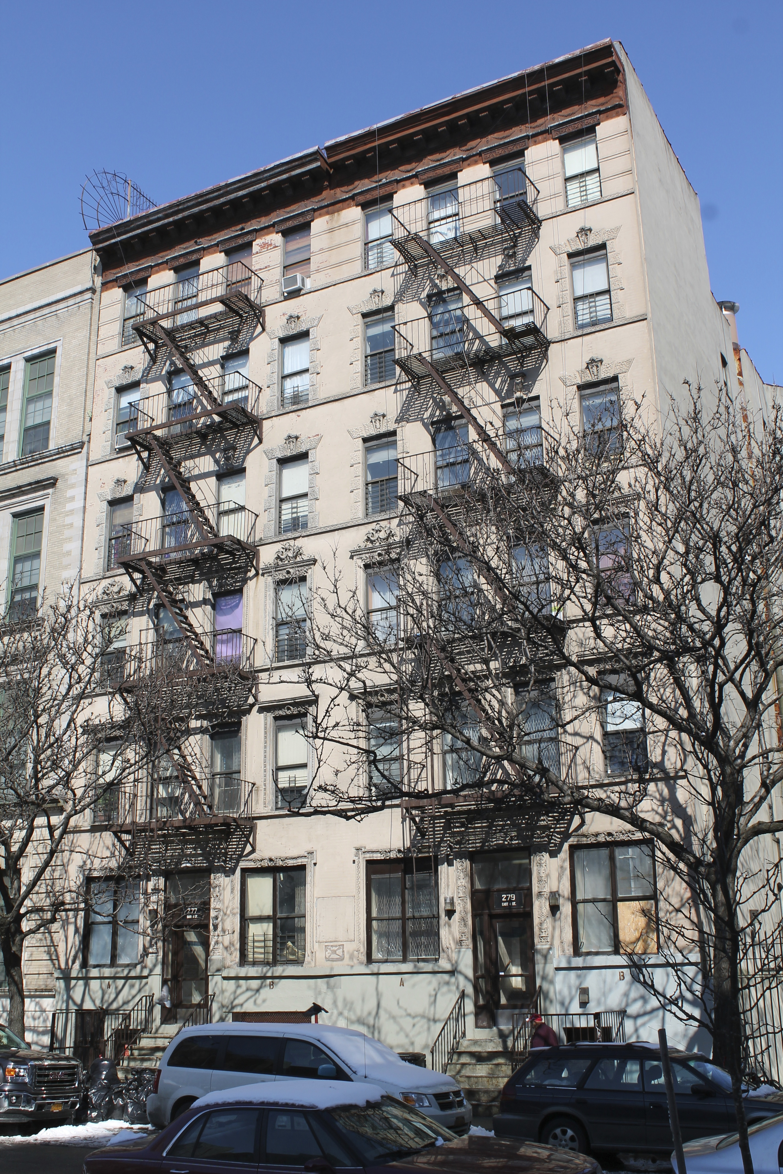 277 East 4th Street, at left, and 279 East 4th Street, at right, as seen on March 2, 2015. Triborough collects generous rents for the 25 apartments in these two buildings. Source : Louis Flores