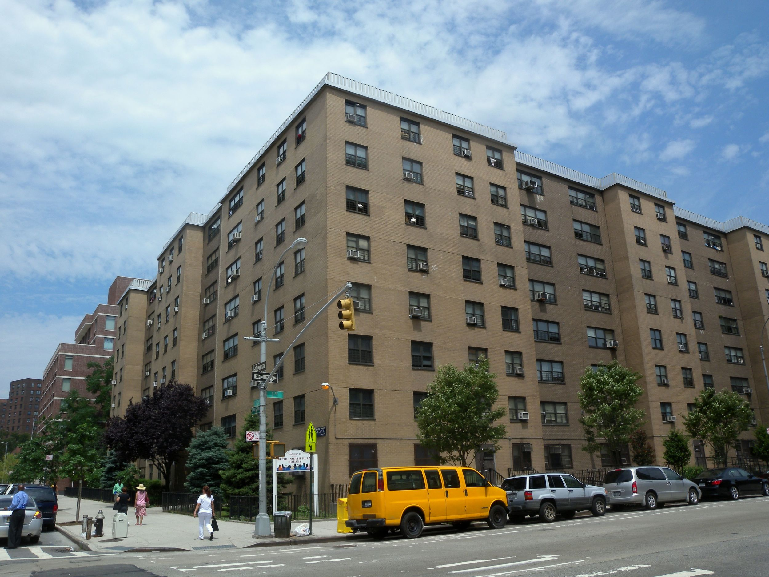The  Metro North Plaza Houses  in Harlem, seen here in June 2010. In March 2016, an apartment within this building tested positive for  lead  in drinking water with a measurement of 1,249 parts per billion. Source : Jim Henderson/Wikimedia Commons/Universal (CC0 1.0)
