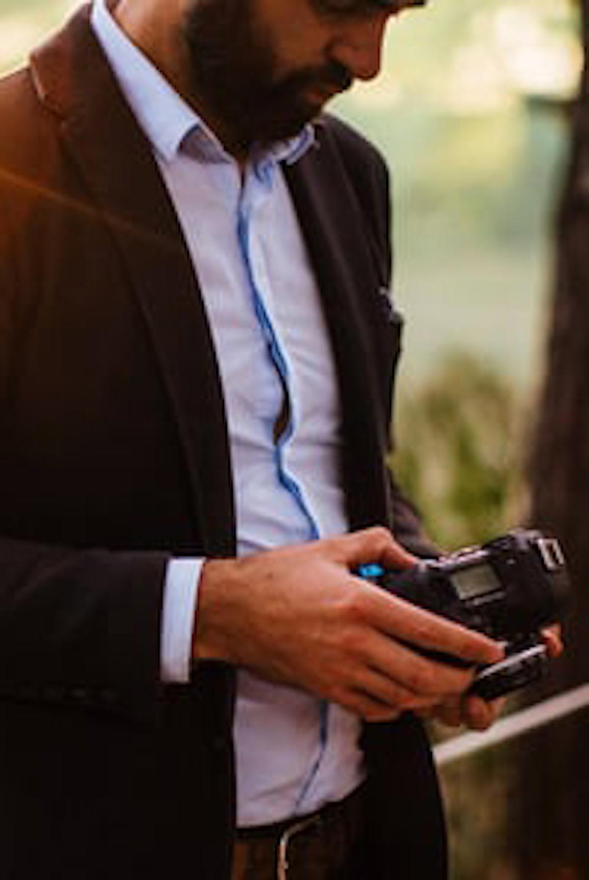 MICKAEL // - – Worldwide –Mickaël réalise des films de mariage depuis plusieurs années dans différents pays tels que l'Italie, le Maroc, la Turquie ou encore le Japon.Son équipement léger et compact, l'aide àse faire oublier parmi vos invités. Il se fond dans le décor, les moments capturés sont naturels et spontanés. Mickaël aime raconter de belles histoires à travers des films construits dans un style documentaire et cinématographique.–Mickaël has directed wedding films since few years in different countries, such as Italy, Morocco, Turkey, and Japan.His equipment is light and compact and your guests don't feel his presence.He blends in with the decor so the captured moments are natural and spontaneous. Mickaël uses the documentary and cinematic styles to tell great stories.