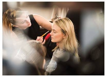camille-hair-stylist-mariage-wedding-france-paris-provence-hair-stylist-make-up-artist-domicile-coiffeur-maquilleur-10.jpg
