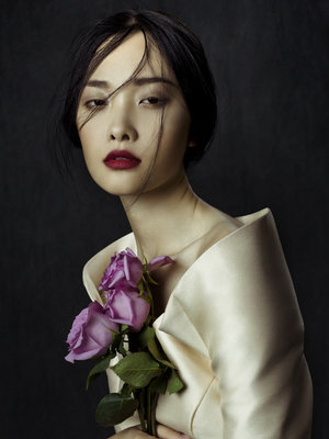 Phuong+My+FW13+-+Flowers+in+December+by+Zhang+Jingna+zemotion6.jpg