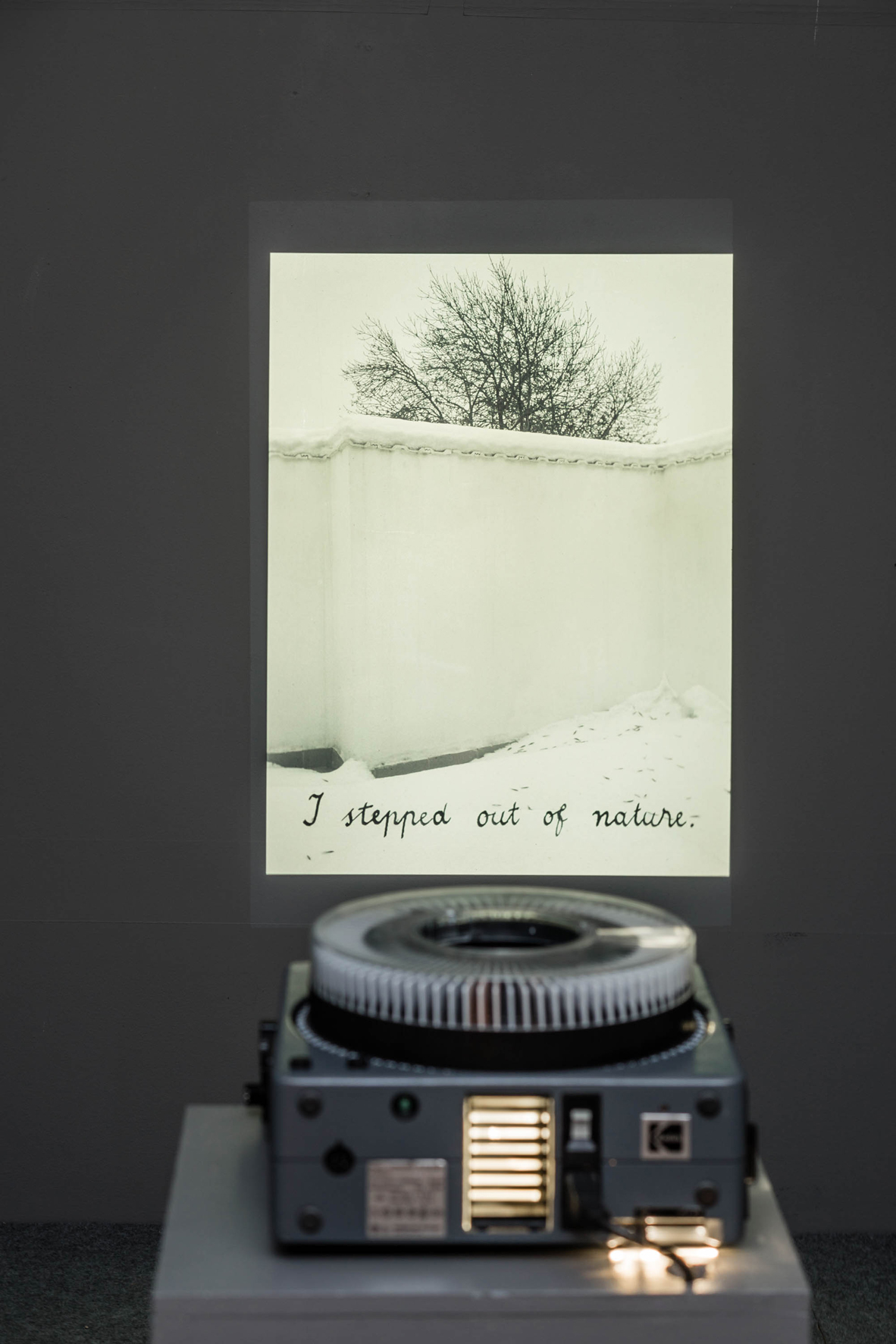 I ALWAYS WANTED TO BE AT THE CENTER (after Peter Handke) (2015) Slide projection, Exhibition view Image copyright: Jean Baptiste Béranger, courtesy of the Romanian Cultural Institute