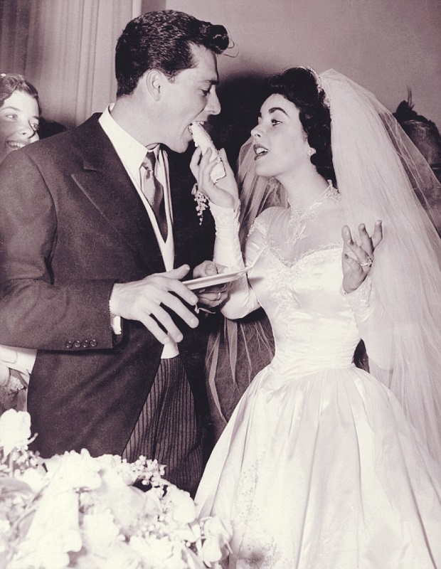elizabeth-taylor-wedding-dress.jpg