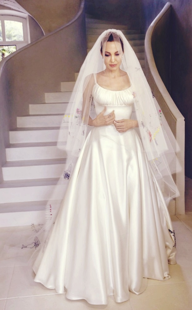 angelina-jolie-wedding-dress.jpg