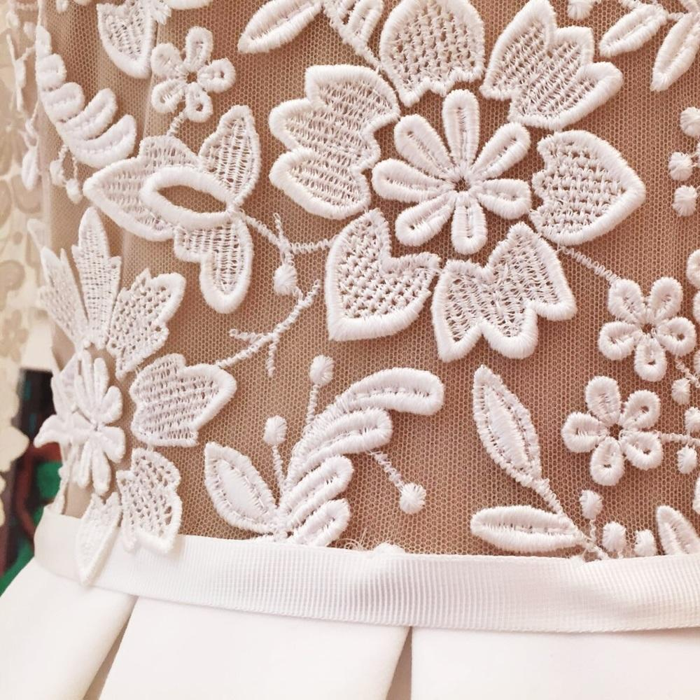 Short Lace Wedding Dresses.jpg