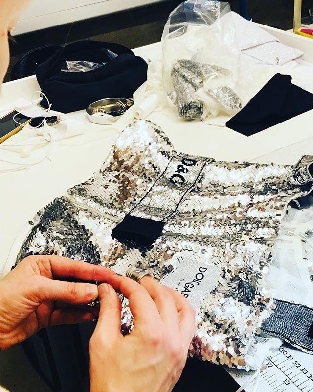 Ready to razzle dazzle this weekend? @dolcegabbana 💫 . . . #womenswear #razzledazzle #sparkle #sequin #readyfortheweekend #weekendvibes #fridayfeel #glitter #glam #luxury #alterationspecialist #londontailor #reclaimyourwardrobe #fashionstudii #workroom #tailor #tailoring #teamlfr #londonfittingrooms