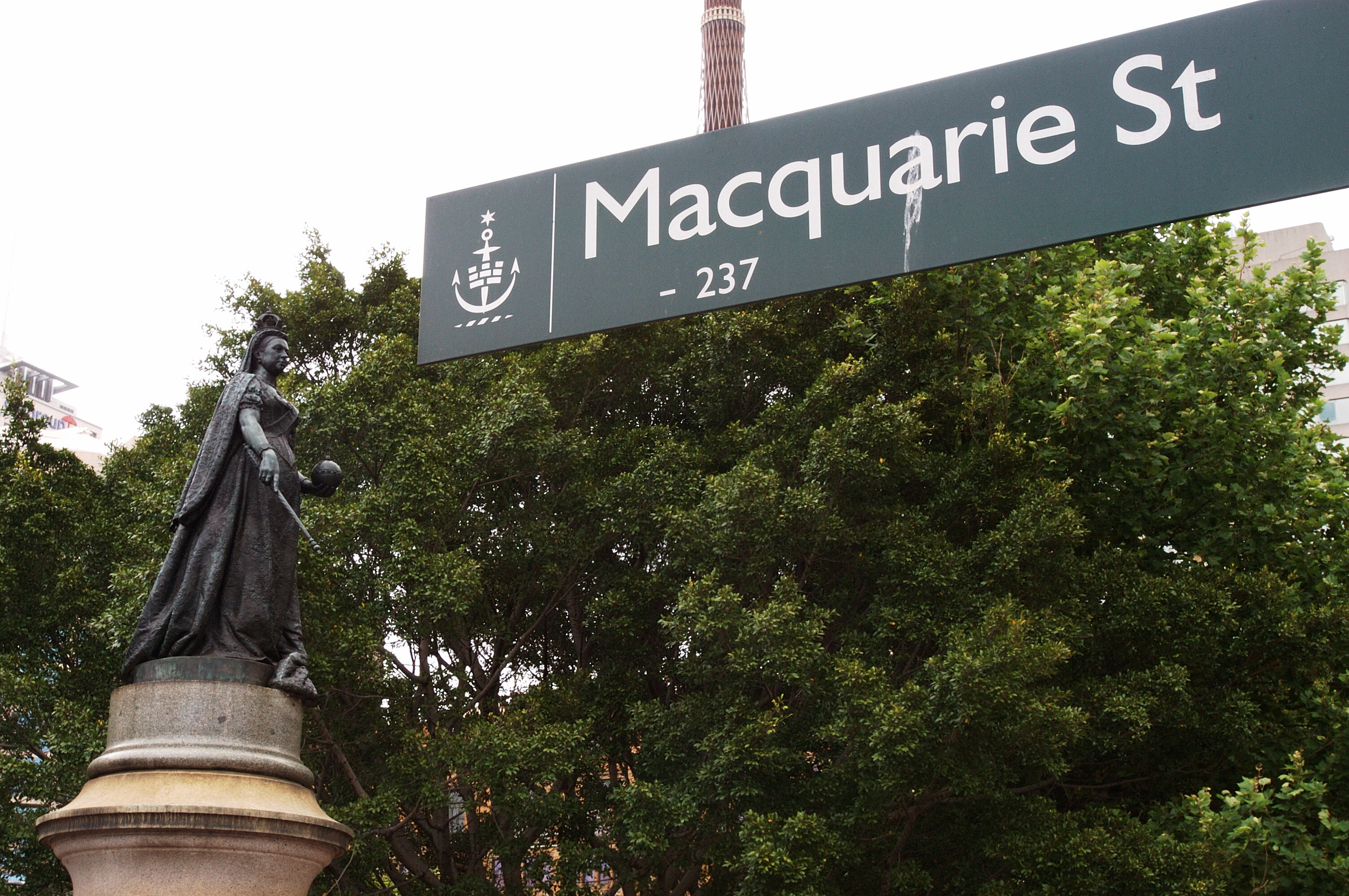 The Queen Victoria statue on Macquarie St