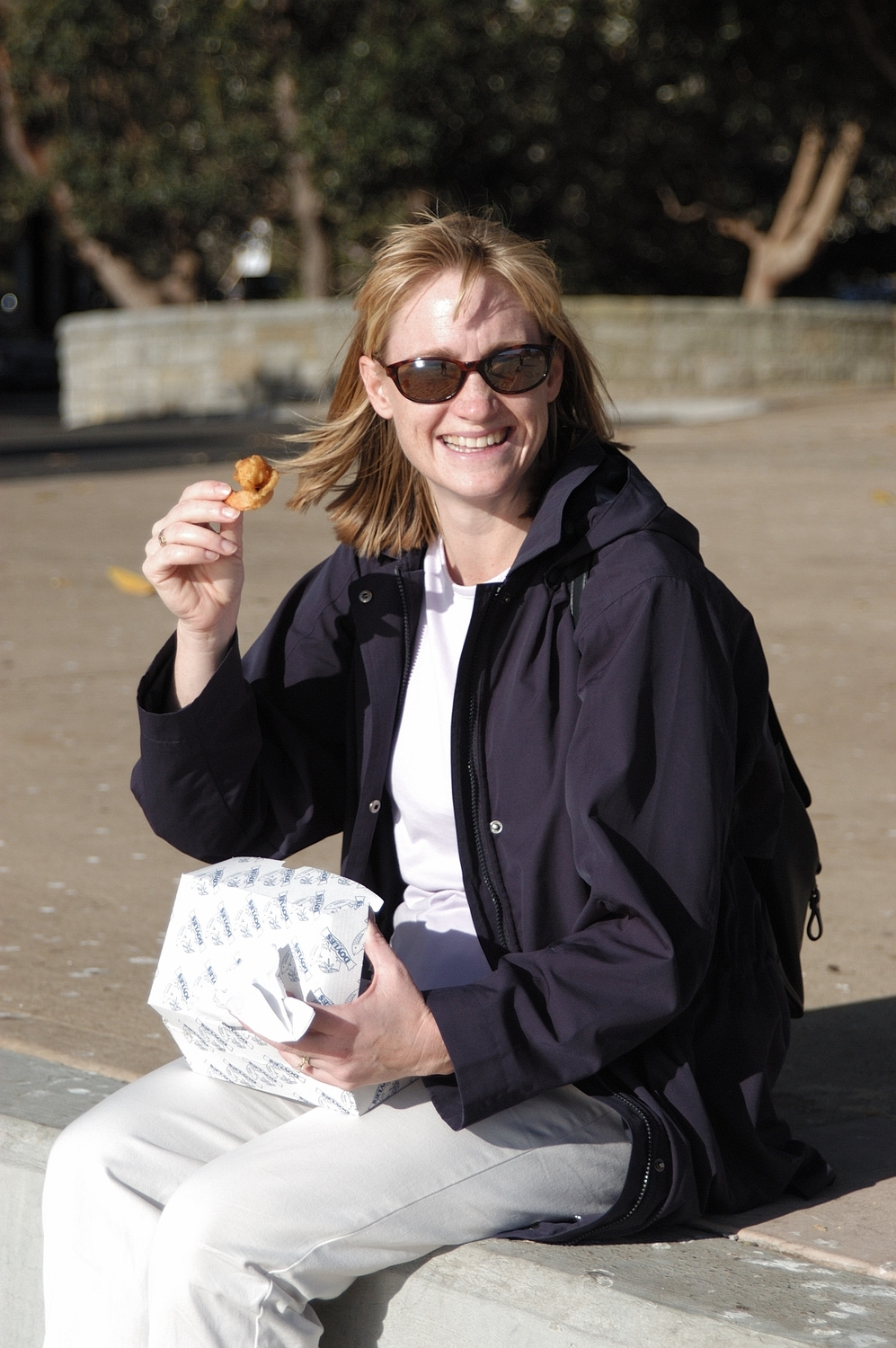 Here I am enjoying some delicious fried shrimp (prawns) takeaway from Doyle's on the sea wall at Watson's Bay