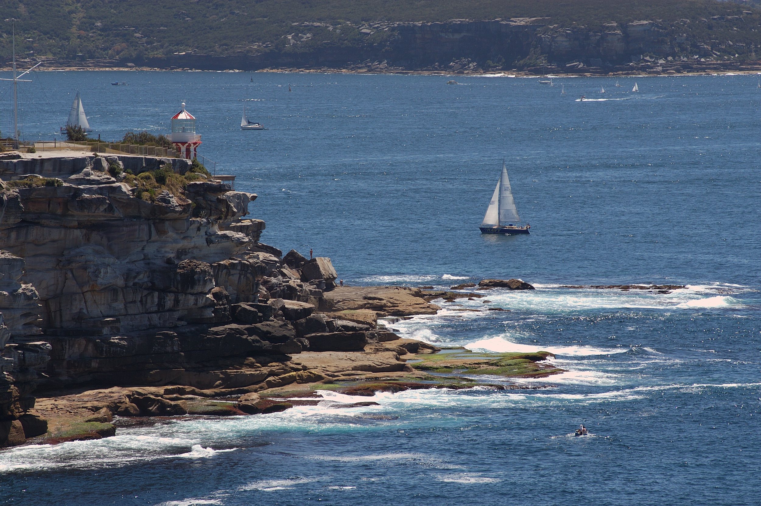 You can see from the cliffs and rocks at the mouth of the harbor why it wasso dangerous for ships coming into the harbor!