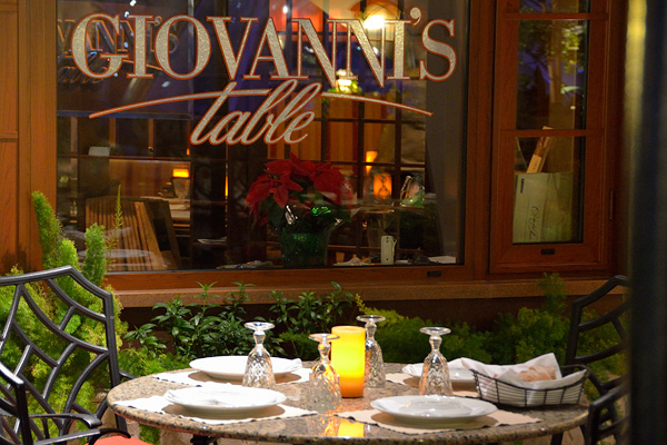 Outdoor seating at Giovanni's