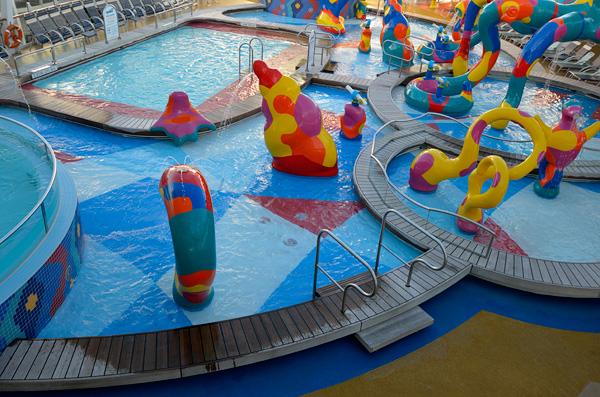 The Splash Zone kiddie pool