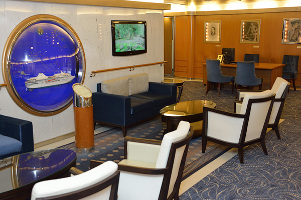 Sitting area and the scuba diving excursions desk, where dive trips are organized