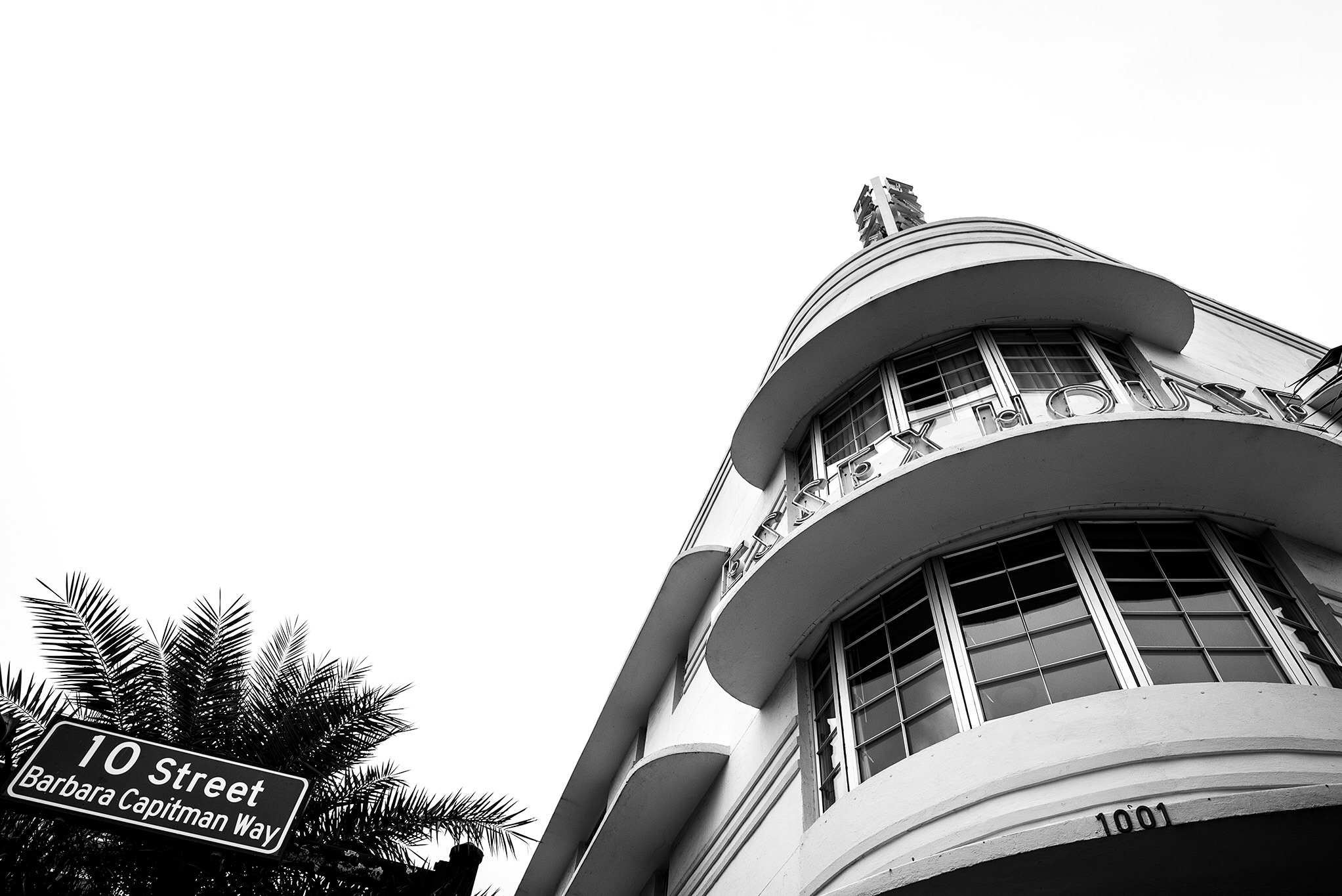 The Art Deco buildings in Miami often have rounded features on the street front.