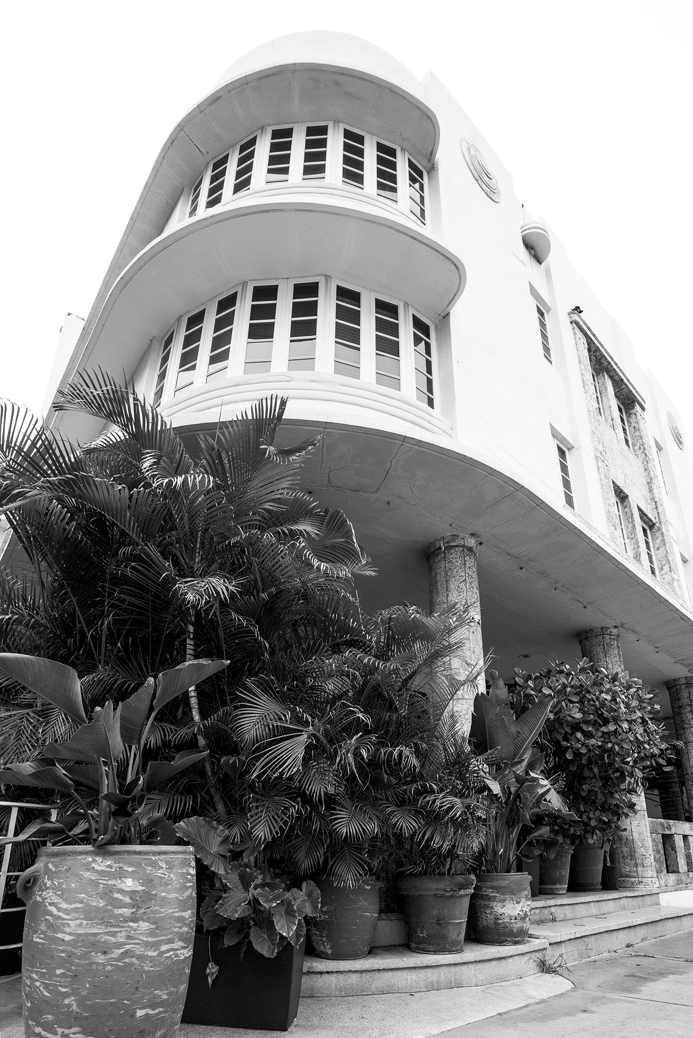 "The Art Deco buildings often have a ""nautical"" look to them, evoking a steam ship, exemplified here by the rounded  ""bow"" of the building and the ""porthole"" windows."