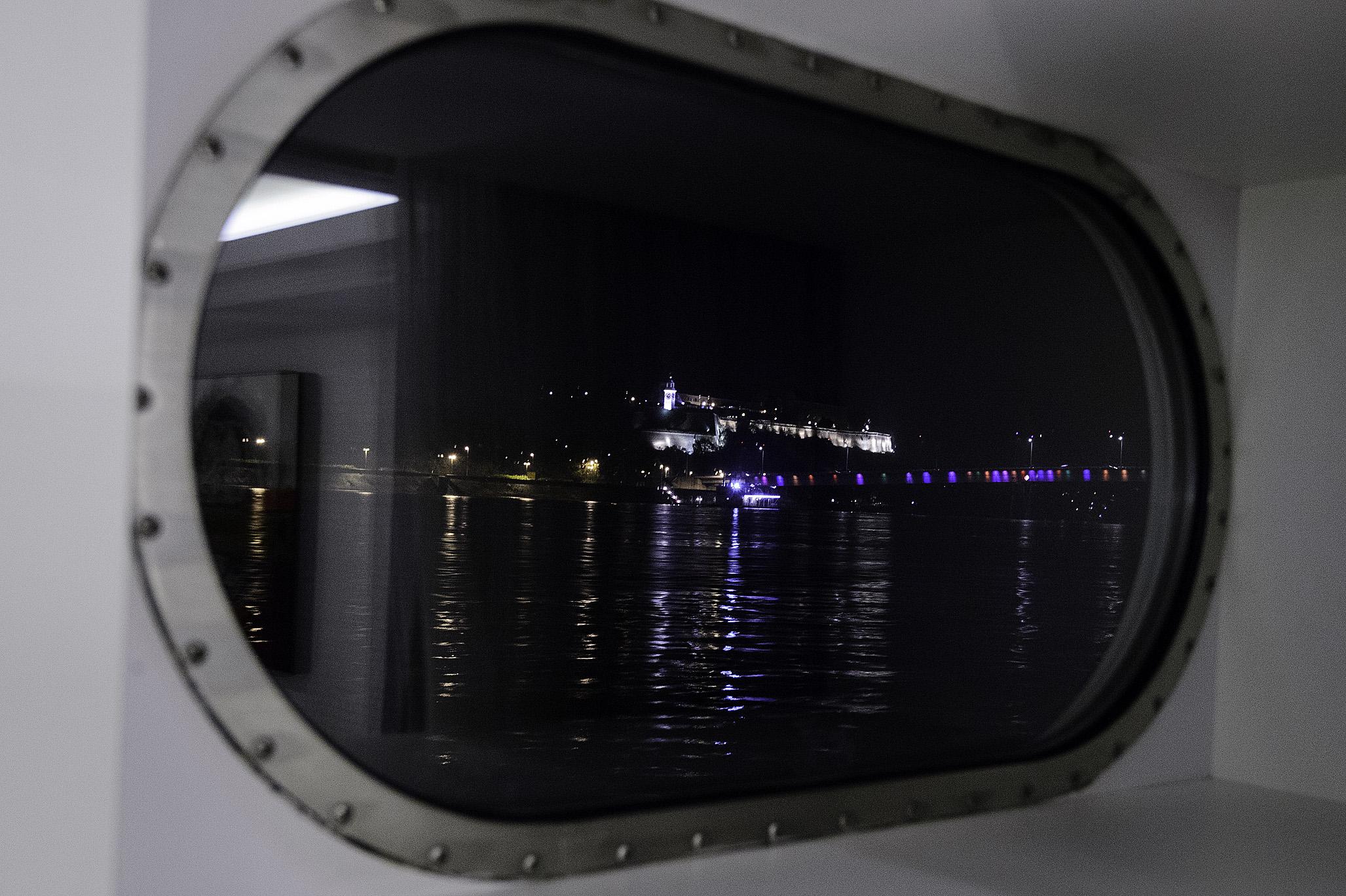 """Fixed window in AmaPrima so called """"aquarium class"""" views"""
