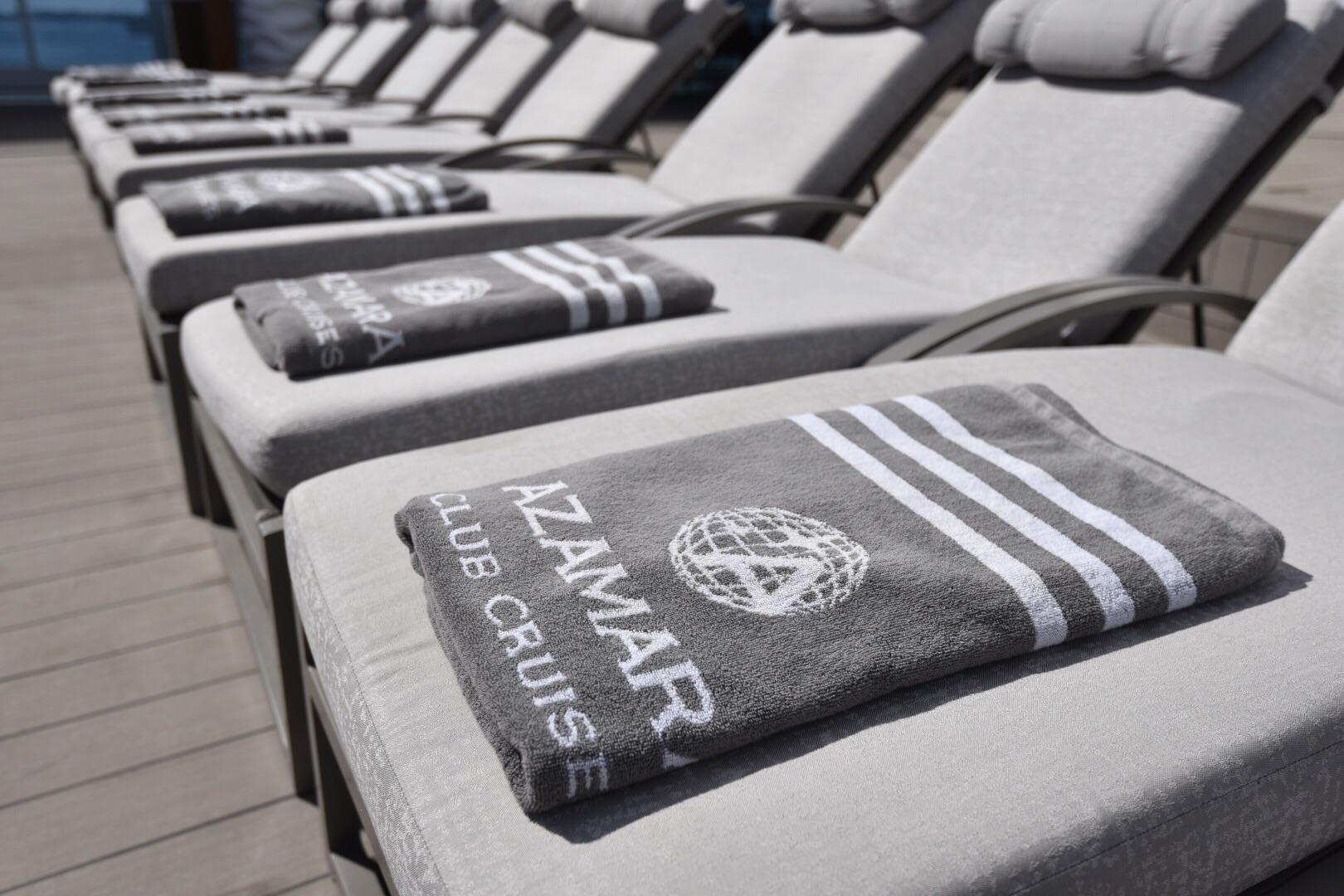 Pool deck 9