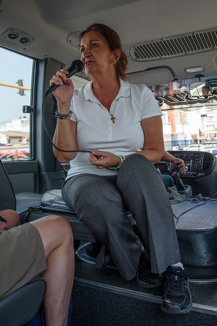 Dora and a professional driver provide a safe comfortable and informative introduction to the old walled city of Cartegena
