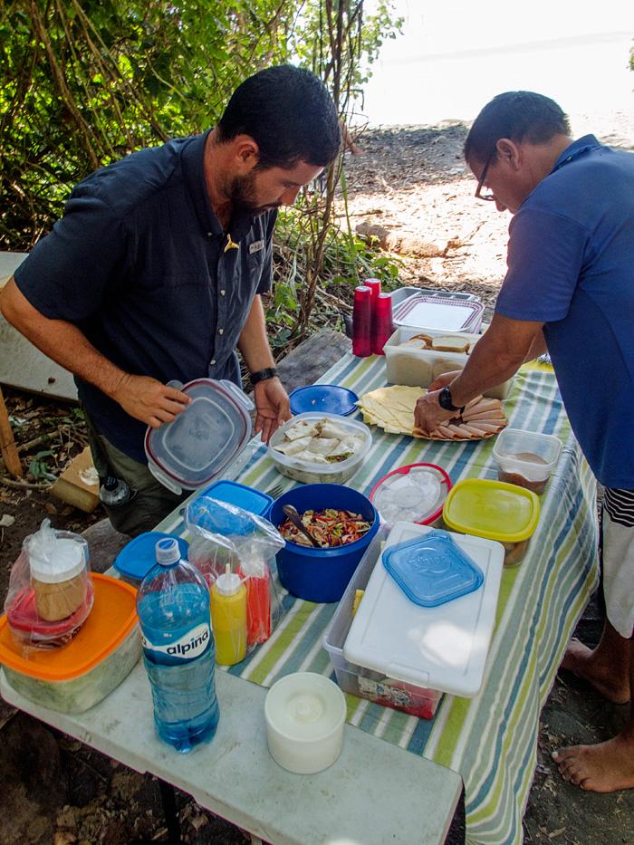 Our guide Randall and staff member from La Paloma prepare a delicious picnic!