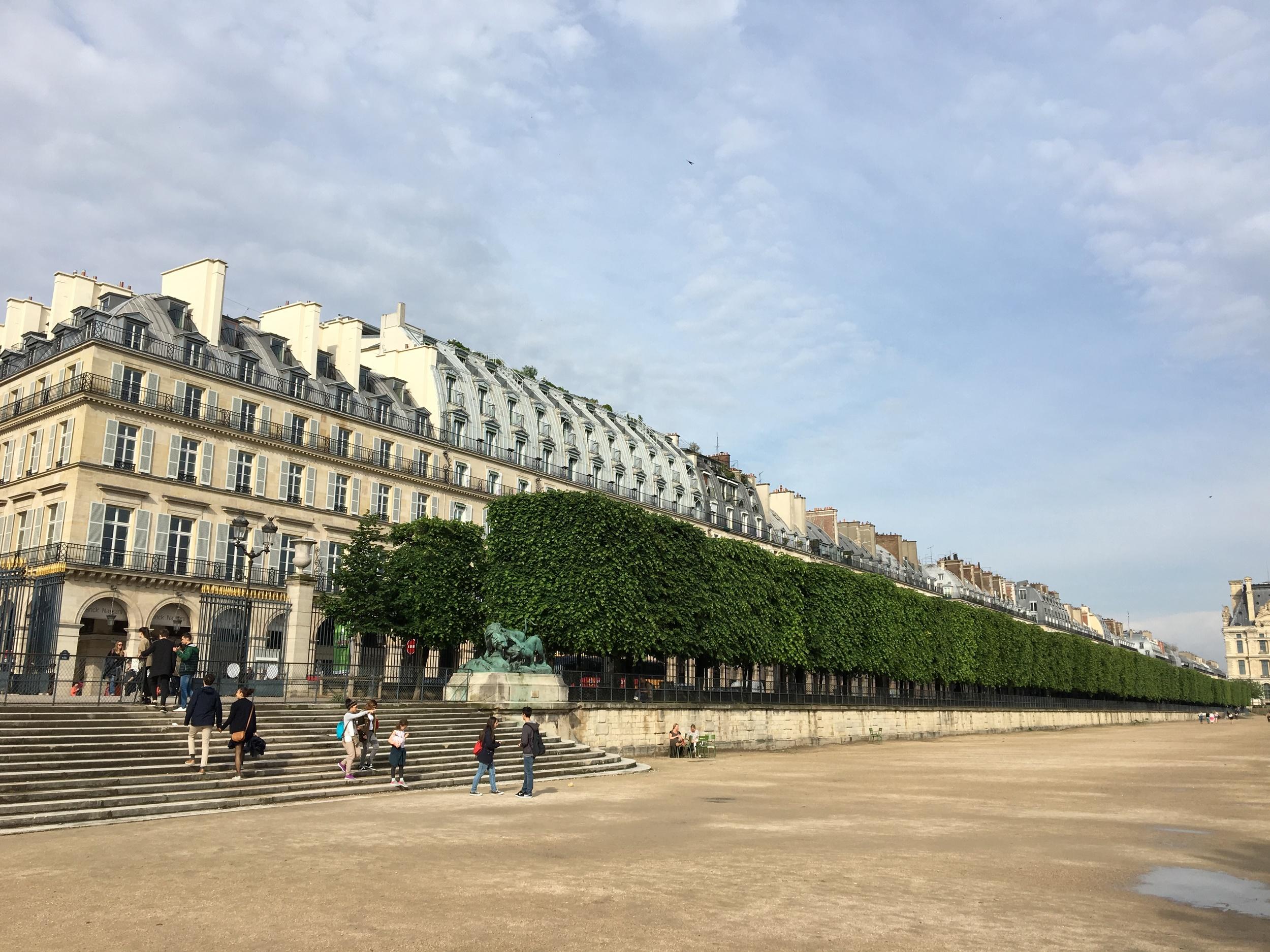The classic architecture along Rue due Rivoli from Tuileries